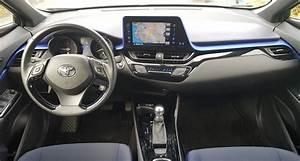 Essai Toyota Chr 1 2 Turbo : toyota c hr hybrid ve 1 2 benzinli kar la t rma testi oto g ndem ~ Medecine-chirurgie-esthetiques.com Avis de Voitures