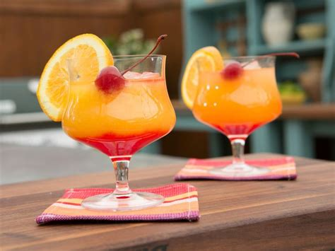 tequila mixed drinks 25 best ideas about tequila sunrise drink on pinterest tequila sunrise recipe mix drinks and