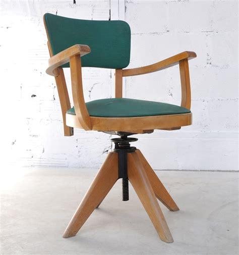 fauteuil de bureau retro fauteuil de bureau en moleskine fauteuil ancien et vintage