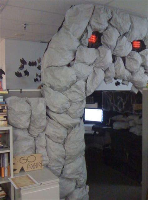 best 25 halloween cubicle ideas on pinterest halloween