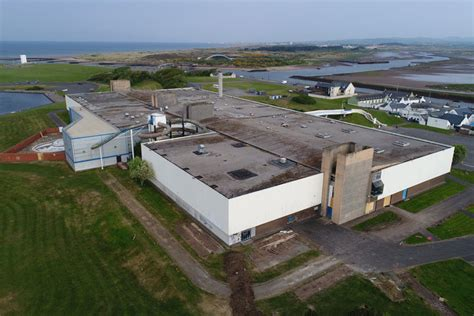 magnum leisure centre irvine demolition asbestos recovery