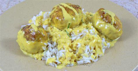une cuisine pour voozenoo boulettes de poulet sauce coco et citron vert une