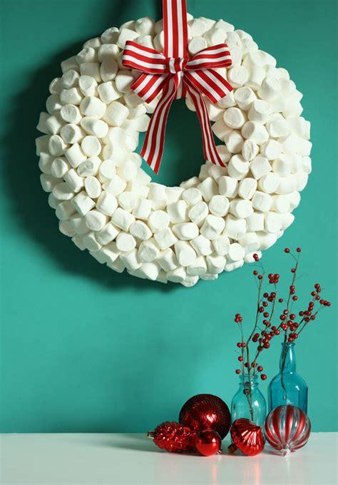 diy christmas wreath ideas warm sweet  inexpensive