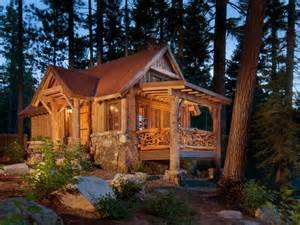 Small Log Cabins and Cottages