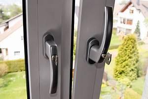 Abschließbare Fenstergriffe Nachrüsten : fenstersicherungen so sichern sie ihre fenster ausreichend ~ Orissabook.com Haus und Dekorationen