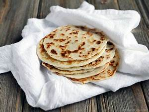 Naan Sans Gluten : this gluten free and paleo friendly flatbread recipe calls for just three ingredients i love ~ Melissatoandfro.com Idées de Décoration