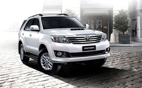 Fortuner Modif Wallpaper by Toyota Fortuner Wallpapers Wallpaper Cave