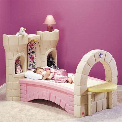 Step2 Princess Palace Bed by فرش اطفال 2012 سراير اطفال 2012 غرف نوم اطفال 2012