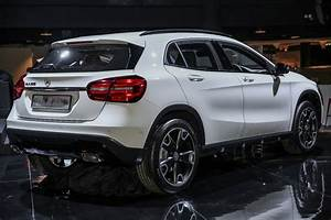 Mercedes Gla 200 : mercedes benz gla refreshed and primed for 2017 ~ Medecine-chirurgie-esthetiques.com Avis de Voitures