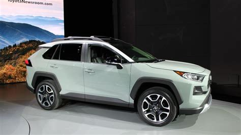 When Do 2018 Vehicles Come Out by 2019 Toyota Rav4 Suv Debuts In Ny With Trick Awd Fresh