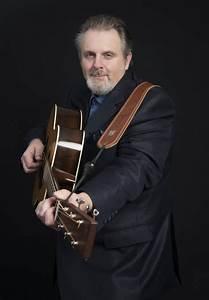 Blues artist Bill Johnson plays at Brentwood Bay Village ...