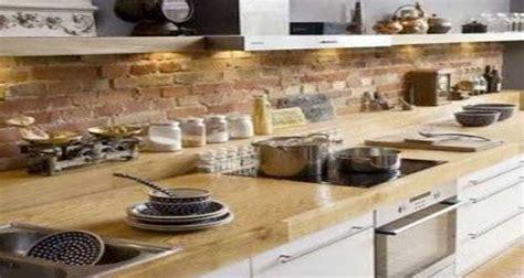 cuisine avec brique un mur en brique c 39 est stylé en déco de cuisine