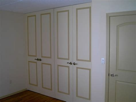 8ft Mirror Closet Doors by 25 Best Ideas About Mirrored Bifold Closet Doors On