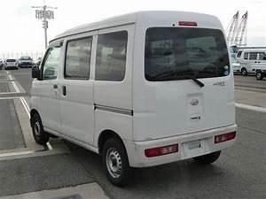 2007  12 Daihatsu Hijet Cargo S320v Mini Van For Sale