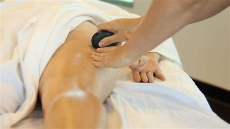 How To Place Stones For Buttocks Massage Hot Stone