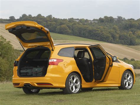 Car St by Ford Focus St Estate Specs Photos 2012 2013 2014