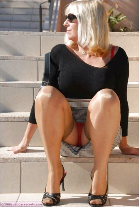Milf Flashing Panties Peteruk