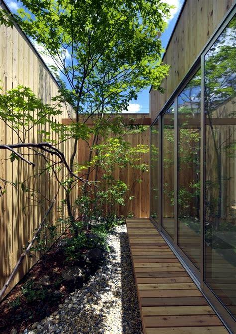 modern minimalist house  garden  nishimikuni japan