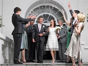 Standesamt Kleidung Damen : heiraten 50 plus tipps f r eine niveauvolle trauung ~ Orissabook.com Haus und Dekorationen