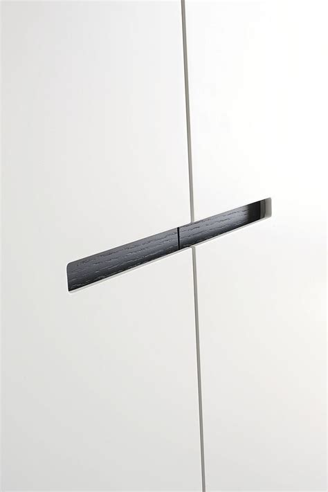 armoire a porte coulissante best 20 armoire porte coulissante ideas on portes coulissantes de placard porte