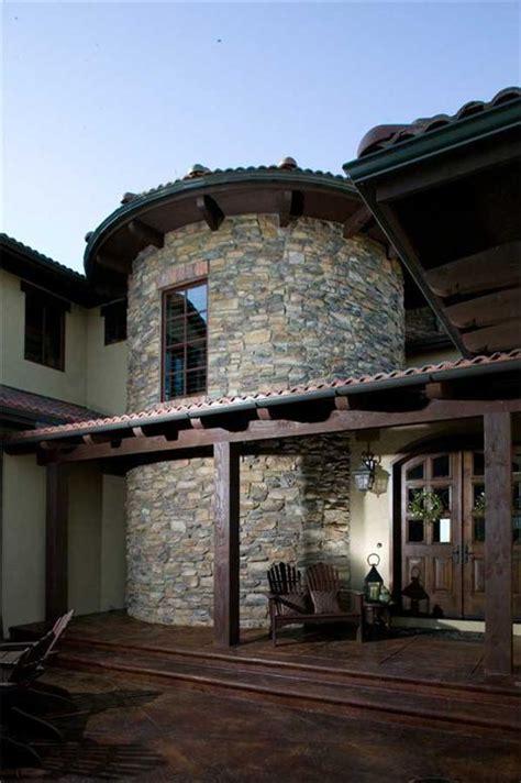 tuscan house plans  world charm  simple elegance