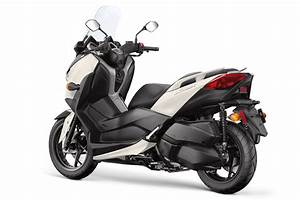 Scooter Yamaha 125 Xmax : 2018 yamaha xmax scooter first look 9 fast facts ~ Medecine-chirurgie-esthetiques.com Avis de Voitures