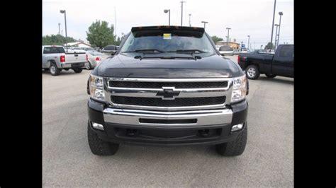 chevy silverado   ltz lifted truck  sale