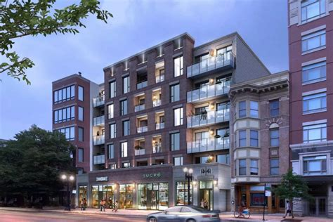 Apartment Buildings For Sale In Chicago by Transit Oriented Apartment Building Cleared To Rise In