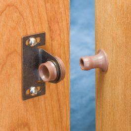 friction door catch