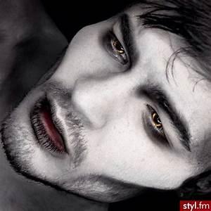 17 Best ideas about Dracula Face Paint on Pinterest ...