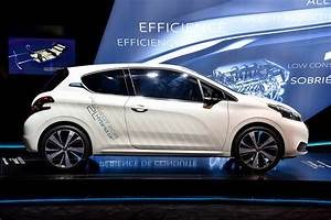 Peugeot Hybride Prix : paris motor show 2014 peugeot 208 hybrid air 2l concept ~ Gottalentnigeria.com Avis de Voitures