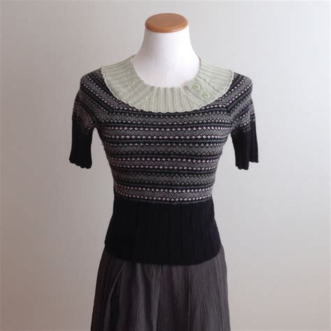 anthropologie sweaters anthropologie anthropologie cropped sweater from ida 39 s