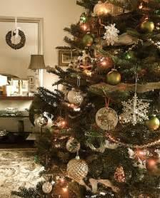 Vintage Christmas Tree Decorating Ideas