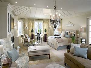 Luxury bedroom design ideas room design inspirations for Luxurious master bedroom decorating ideas 2012