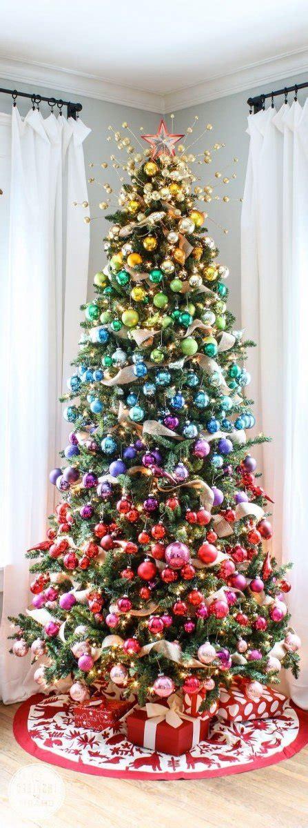5 arboles de navidad decorados con dulces diseno casa