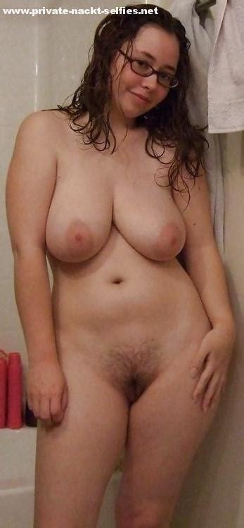 nackt haarige muschi und unbeschnittenen enten pics