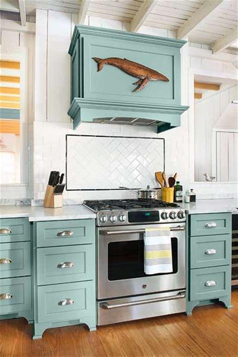 cottage kitchen backsplash ideas best 25 cottage kitchens ideas on 5905