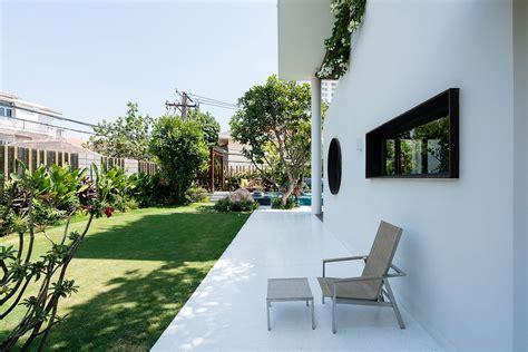 Villa With Open Plan Spaces Mezzanine Levels by Villa With Open Plan Spaces Mezzanine Levels