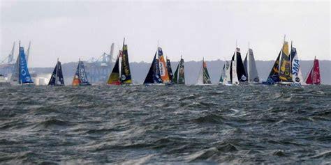 transat jacques vabre classement un voilier chavire sur la transat jacques vabre les deux skippers r 233 fugi 233 s 224 l int 233 rieur du