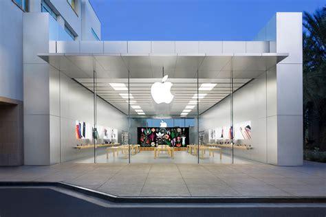 Apple Closing All Arizona Retail Stores As Virus Cases ...