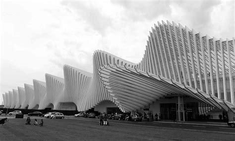 estacion ferroviaria mediopadana santiago calatrava