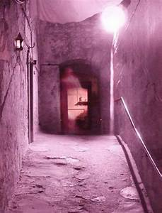 13 Most Spine-Chilling Haunted Places On Earth That You'd ...