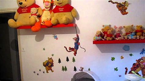 sticker ourson chambre b déco winnie l 39 ourson chambre bébé