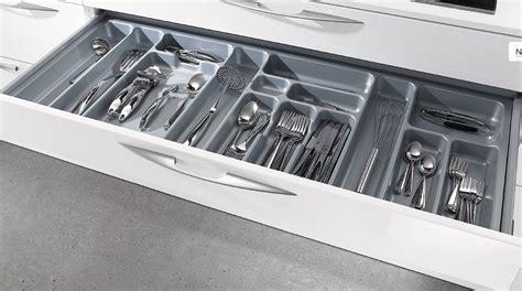 couvert de cuisine range couverts tiroir cuisine obasinc com