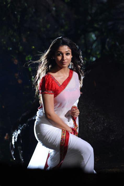 Nayanthara In Saree Spicy Photo Set