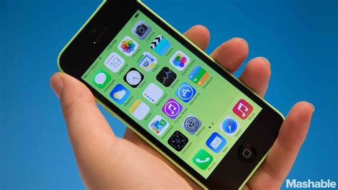 walmart iphone 5c 4 reasons you shouldn t buy an iphone 5c from walmart for