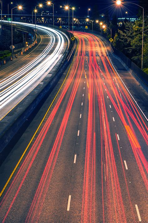 What's the Difference Between Speed and Velocity? | Britannica