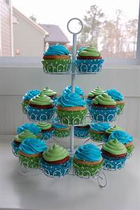 Blue And Green Cupcakes - CakeCentral.com