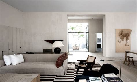 Great Interior Designers in Love with Linen Covers (II