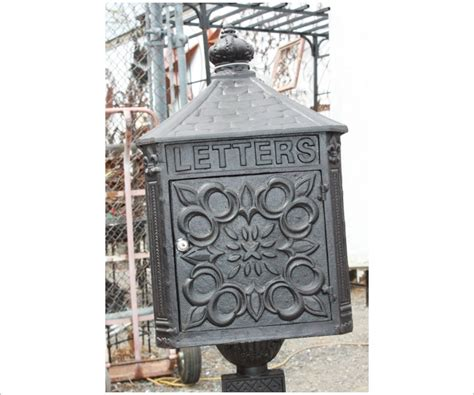 cast iron mailbox large